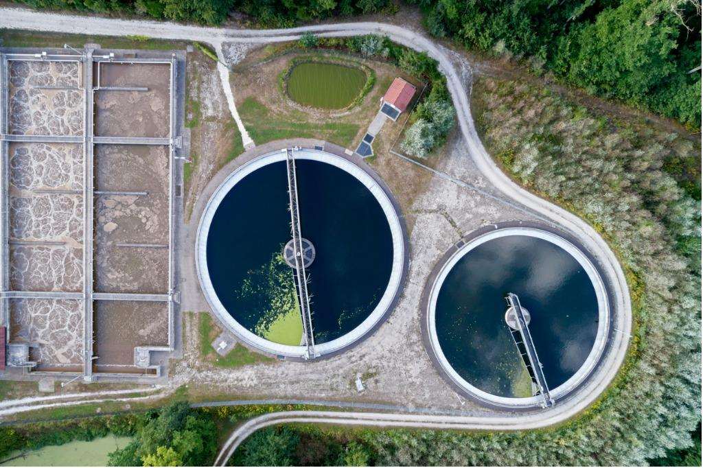 Waste water processing plant